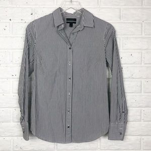 J.CREW Perfect tailored button up shirt